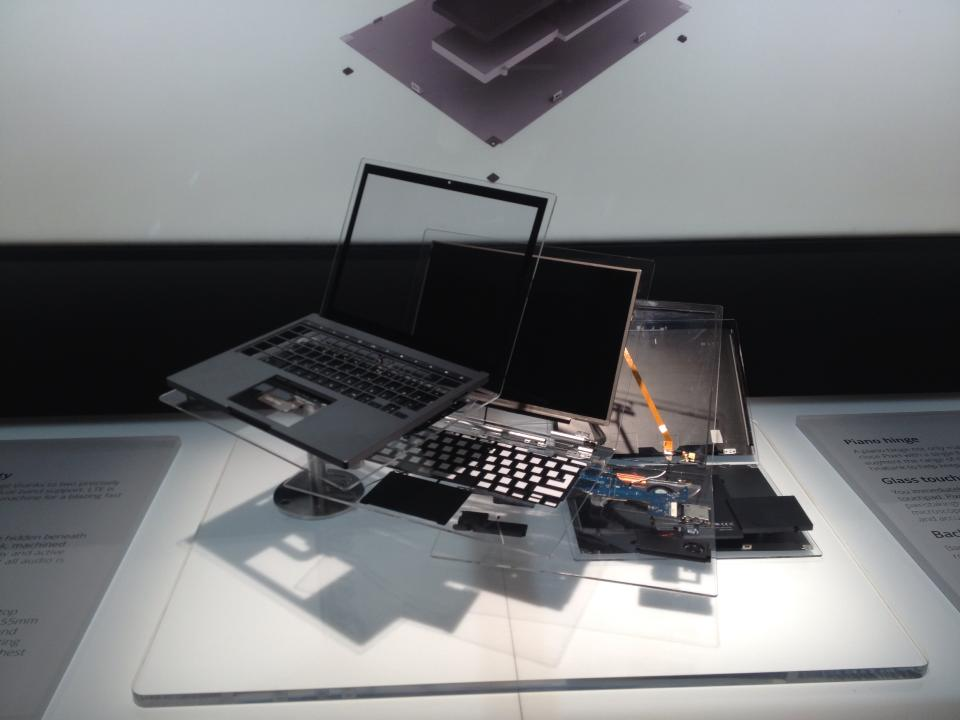 Google Chromebook Pixel Exploded View Display